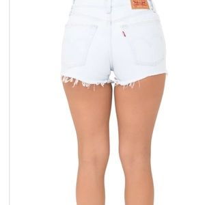 NWT 501 Levi's Jean Shorts 26 button fly